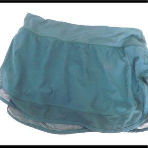 Lululemon hotty totty skirt II size 8